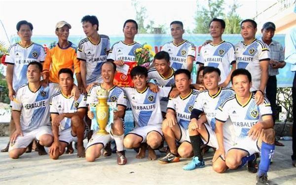 Lễ trao giải và bế mạc giải vô địch bóng đá Định Hải lần thứ nhất – 2014.