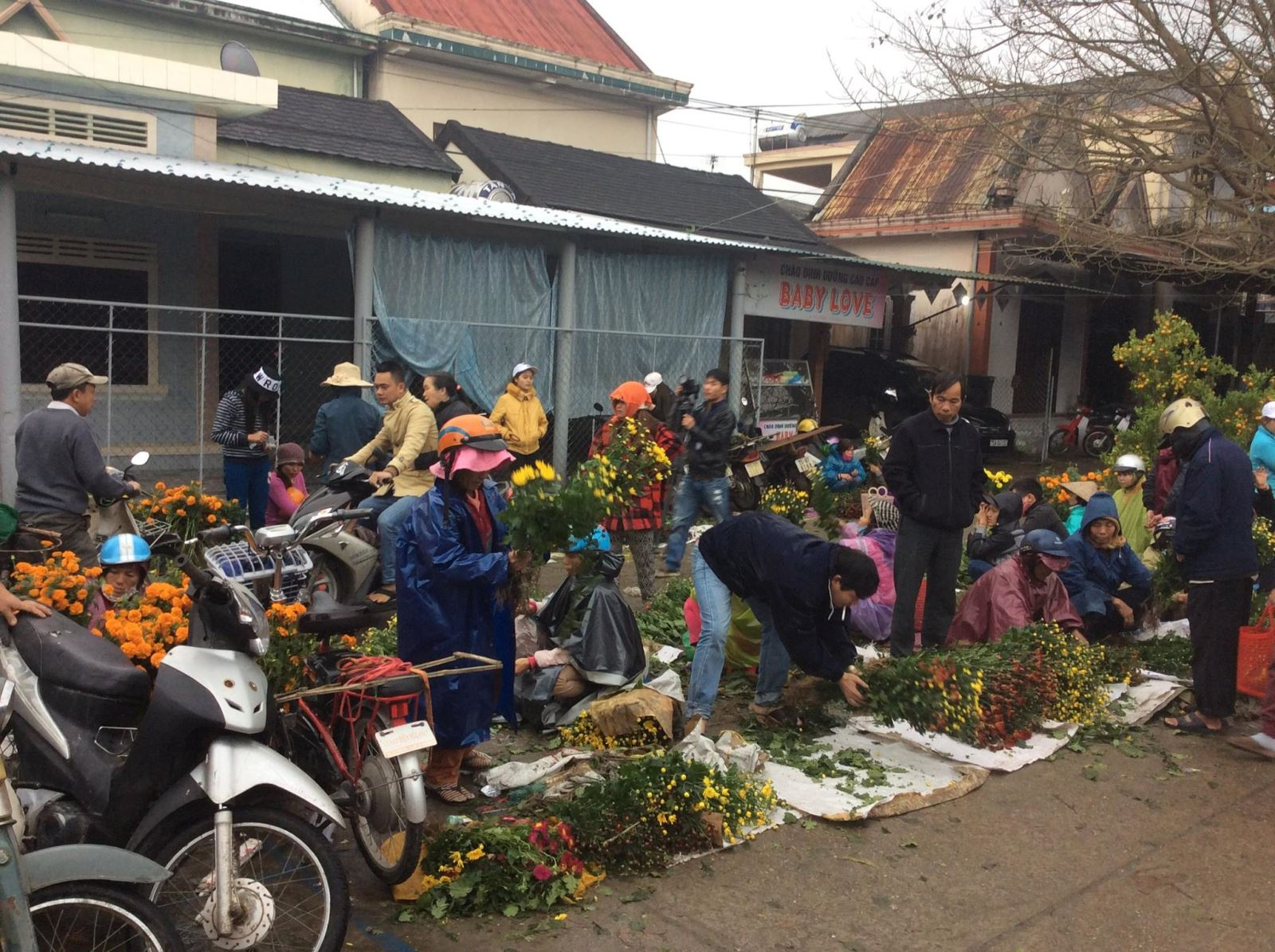 Chợ An Bằng – những ngày cuối năm