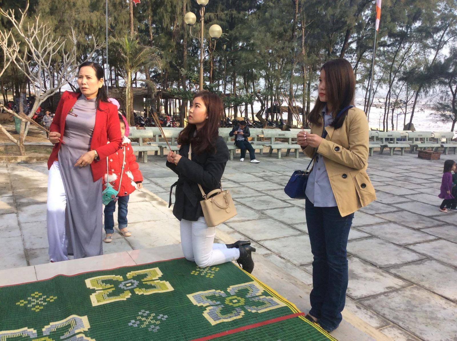 Lễ chùa và hái lộc đầu năm, nét đẹp văn hoá tâm linh người An Bằng