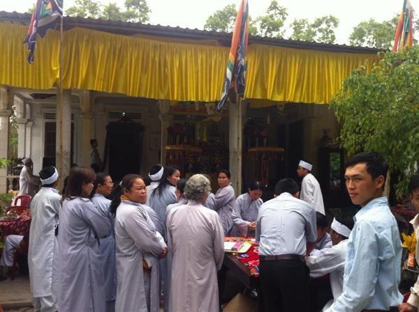Mệ Nguyễn Thị Con