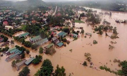 Bão Lụt Miền Trung – Người An Bằng Giúp Đỡ